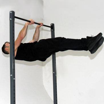 Fitness model performing a Front level