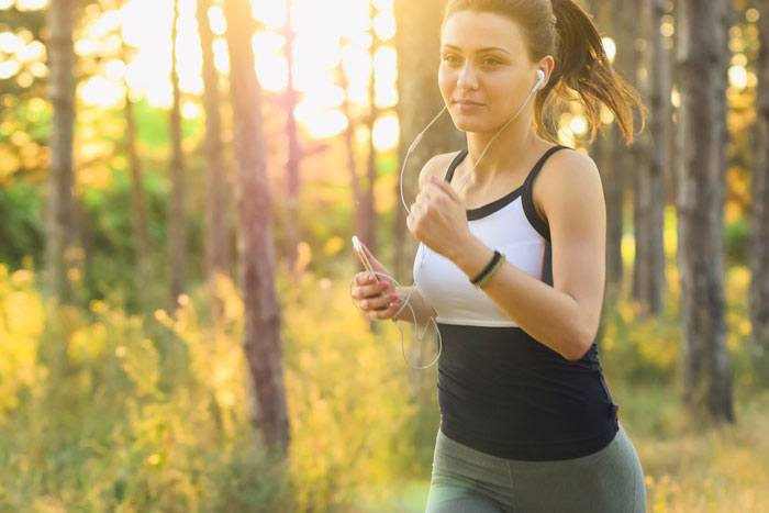 With type 1 diabetes, balancing insulin, exercise and foods are important?
